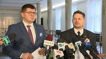 """15-03-2017 15:14 """"Po czyjej stronie stoicie, panowie marszałkowie?"""". Kukiz'15 domaga się nowelizacji ustawy dot. zbrodni ukraińskich nacjonalistów"""