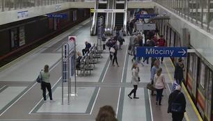 Seria ewakuacji w warszawskim metrze. Niebezpieczne zabawy telefonicznych chuliganów