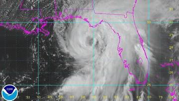 02-09-2016 05:54 Floryda przygotowuje się na atak huraganu Hermine