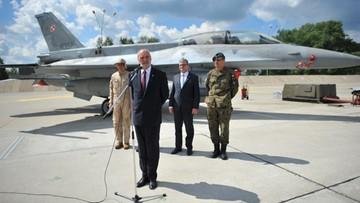 """04-07-2016 12:32 """"Pierwsza taka misja polskich F-16"""". Żołnierze lecą do Kuwejtu"""