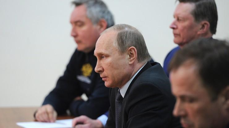 Rosja: rakieta nie wystartowała, Putin czeka i grozi winnym uchybień