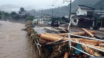 Powódź w Japonii. Wiele osób zaginionych; ewakuowano 400 tys. ludzi