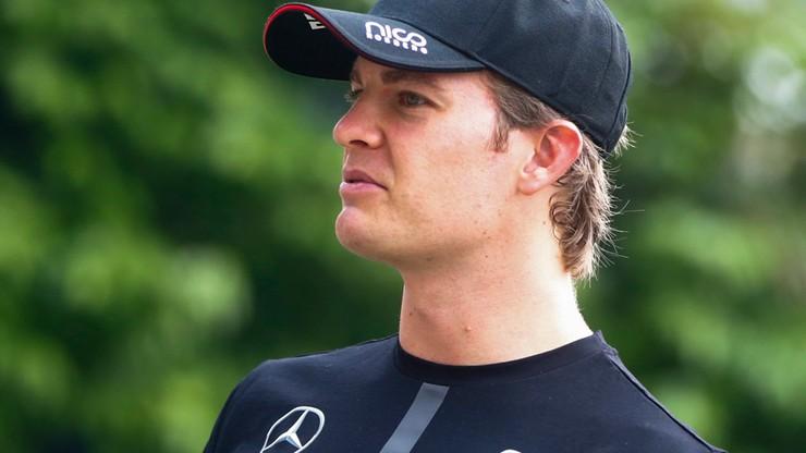Rosberg i Kwiat najlepsi na piątkowych treningach w Singapurze