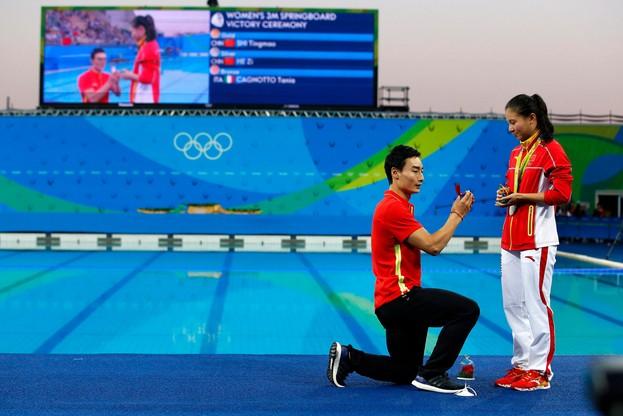 Oświadczyny na olimpijskiej pływalni w Rio