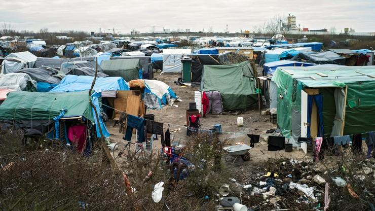 """Francja: częściowa ewakuacja """"dżungli"""" pod Calais odroczona"""