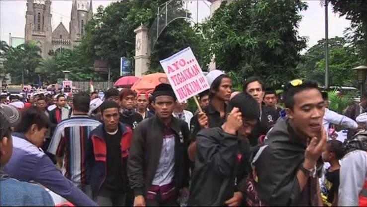 Indonezja: tysiące muzułmanów protestują przeciw bluźnierstwu