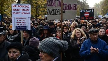 """23-10-2016 15:29 Strajk Kobiet: fikcja """"kompromisu aborcyjnego"""" podważa wiarygodność państwa"""
