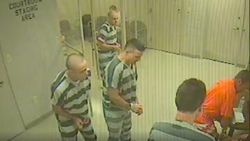 10-07-2016 15:47 Strażnik miał zawał. Pomogli mu więźniowie, których pilnował