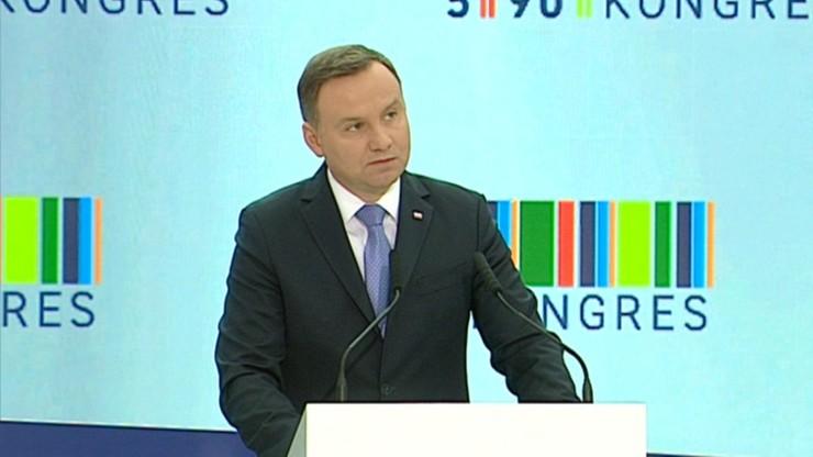 """""""Chcemy promować polski produkt"""".  """"Najlepsze, bo polskie"""". Prezydent otworzył Kongres 590"""