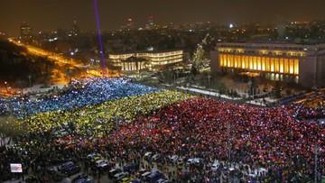 12-02-2017 21:52 Rumuni chcą dymisji rządu. Dziesiątki tysięcy ludzi na demonstracjach