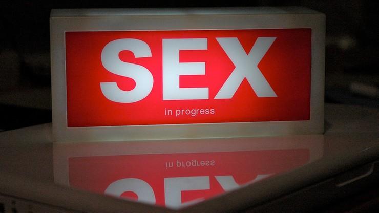 Seks nasz powszedni, czyli jak często Polacy piszą w sieci o tajemnicach alkowy