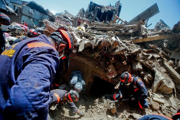 Polscy strażacy wrócą z Nepalu 6 lub 7 maja