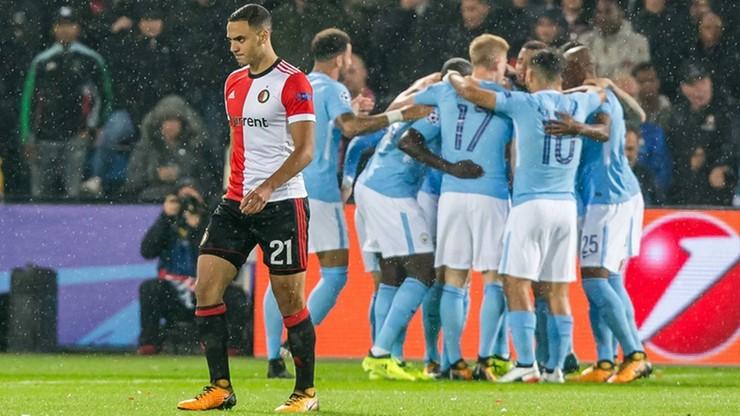 Jadł burgera w przerwie meczu, więc został zawieszony przez Feyenoord Rotterdam