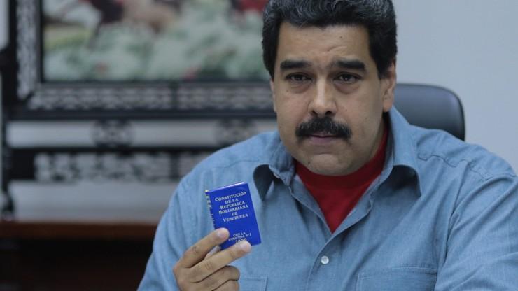 Prezydent Wenezueli mówi o spisku i utrzymuje stan wyjątkowy