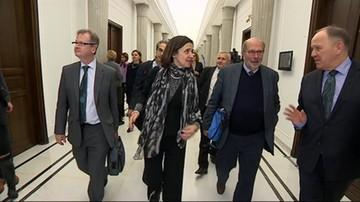 Delegacja Komisji Weneckiej w Warszawie. Opozycja: