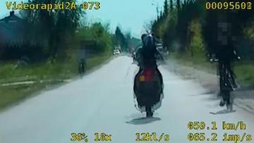 2017-05-23 Kobieta wiozła dziecko skuterem. Była pijana