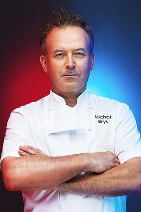 """2016-08-15 Kim jest nowy szef """"Hell's Kitchen"""" Michał Bryś?"""