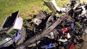 19-09-2016 18:39 Porsche rozpadło się na setki kawałków. Śmiertelny wypadek w Podlaskiem