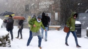 Zimowa aura w Tatrach. Śnieg padał od środy