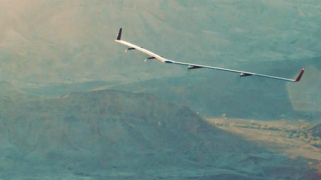 Samolot o napędzie słonecznym kończy lot dookoła świata