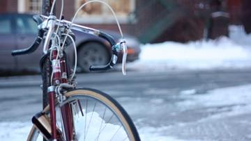 28-12-2015 17:21 Finlandia zakazała przekraczania rowerem granicy z Rosją. Zamknęła drogę uchodźcom