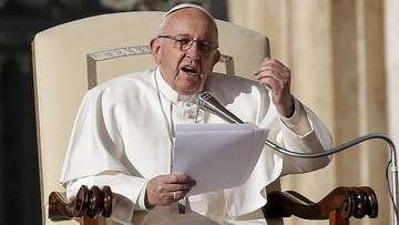 24-11-2017 12:15 Papież: podsycanie strachu przed migrantami to sianie przemocy