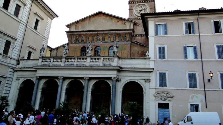Włochy: podczas procesji Sycylijczycy oddali hołd bossowi mafii