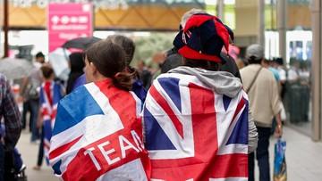 19-01-2016 15:55 Heteroseksualni Brytyjczycy chcą takich samych praw jak geje i lesbijki