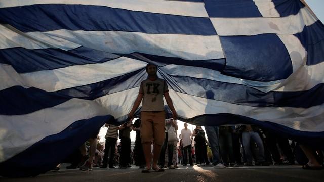 Szef KE podejmuje ostatnią próbę przekonania Grecji