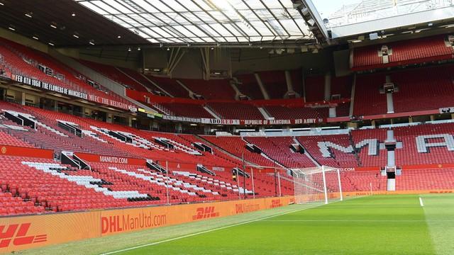 Manchester zażenowany fałszywym alarmem na Old Trafford