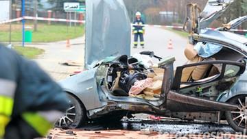 20-03-2016 10:52 Tragiczny wypadek w woj. podkarpackim. Nie żyje 20-letni kierowca