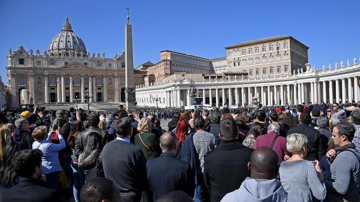 """""""Zero tolerancji"""" dla pedofilii ze strony Watykanu. """"Biskup musi zachęcać ofiary do informowania policji"""""""