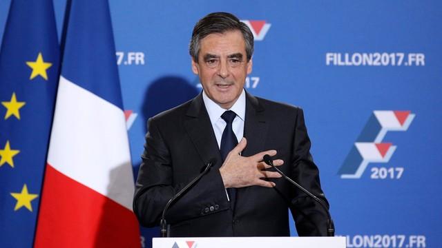 Francja: Francois Fillon wygrał w prawyborach prawicy