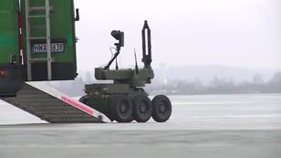 Bombowe roboty Straży Granicznej