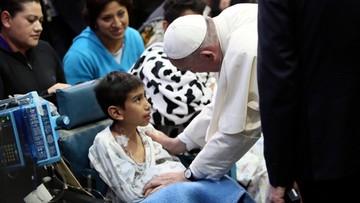 15-02-2016 05:56 Papież odwiedził chore dzieci w Meksyku. Wzruszająca wizyta