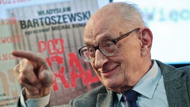 Magierowski: decyzja Gronkiewicz-Waltz ws. Bartoszewskiego - dolewanie oliwy do ognia