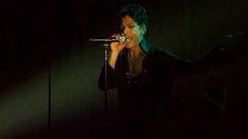 02-06-2016 19:16 AP: Prince zmarł po przedawkowaniu leków przeciwbólowych