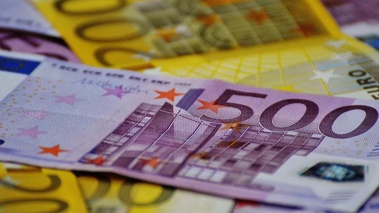 """""""Unikanie płacenia podatków i pranie pieniędzy"""". Wszczęto śledztwa ws. szwajcarskiego banku"""