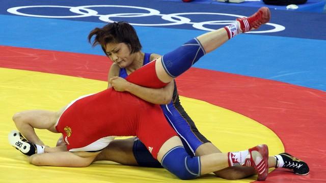 Japońska zapaśniczka przegrała pierwszą walkę od 13 lat