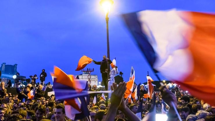 Ponad 140 osób zatrzymano w czasie powyborczych zamieszek w Paryżu
