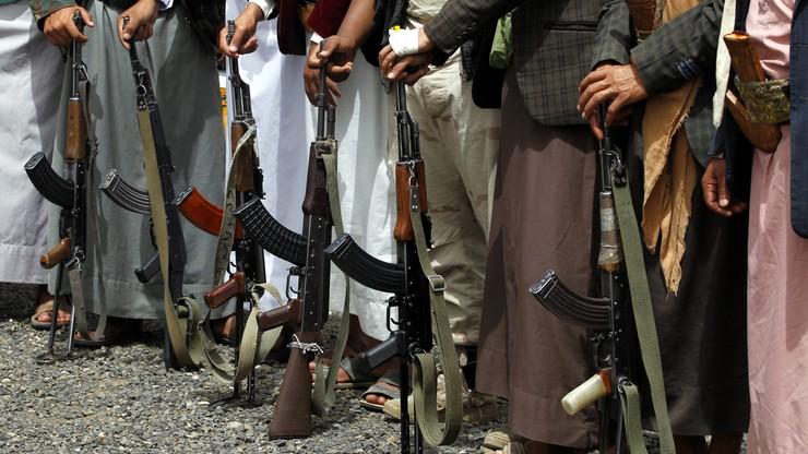 """14 żołnierzy zabitych w starciach w Jemenie. """"Najbardziej krwawy dzień"""""""