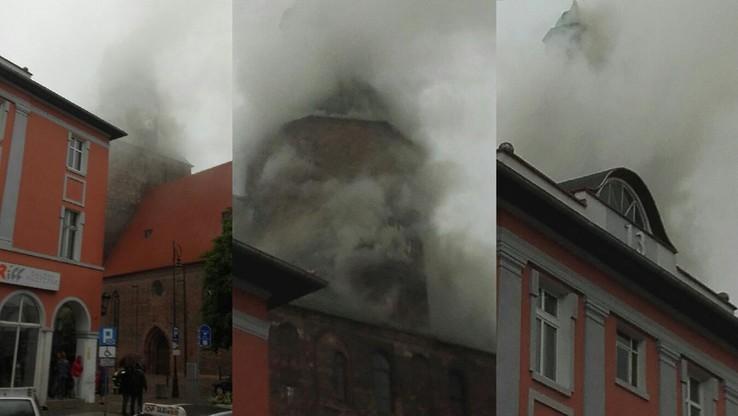 2017-07-01 Pożar zabytkowej katedry w Gorzowie Wielkopolskim. Na miejscu wiele jednostek straży pożarnej