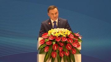 26-11-2015 08:12 Prezydent Duda podsumował wizytę w Chinach. Mówił też o TK i usunięciu flag UE