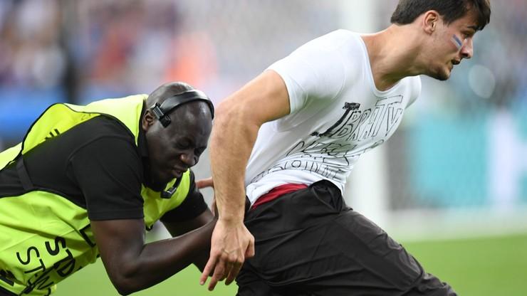 Finał Euro 2016: Szalony kibic wtargnął na murawę