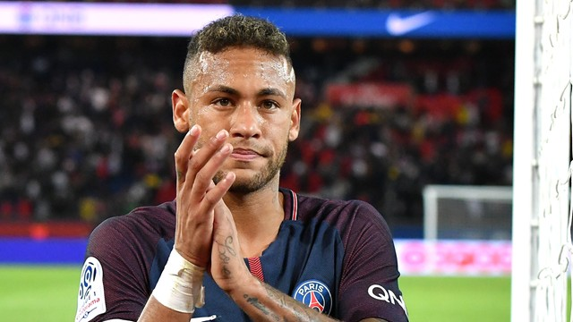 Barcelona pozywa Neymara do sądu. Ciąg dalszy awantury wokół transferu piłkarza