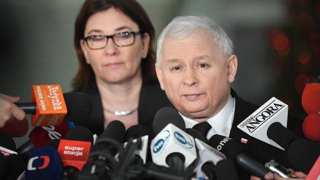 Mazurek: PiS nie wprowadza ograniczeń dla dziennikarzy