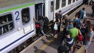 28-10-2015 19:15 Bilet na pociąg w każdej kasie uzdrowi kolej