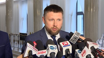 """04-05-2017 12:40 """"PiS proponował państwo orwellowskie"""". PO o projekcie konstytucji z 2010 r."""