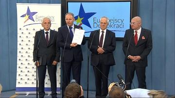 21-09-2016 14:24 Nowe koło poselskie w Sejmie. Są w nim Niesiołowski i Kamiński. A także Protasiewicz i Huskowski