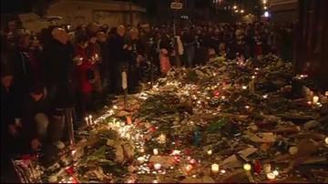 Panika w tłumie zebranym na Placu Republiki w Paryżu